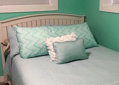 S3-queen-bed
