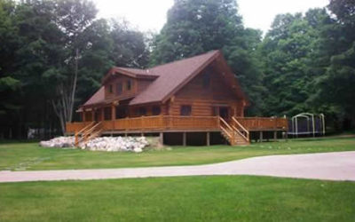 6740 Middleton Road, Ludington, MI – Executive Log Home