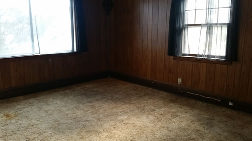 0Robert-Living-room