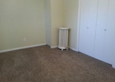 0Spruce-bedroom2