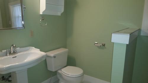 1Ferry-Bathroom-2