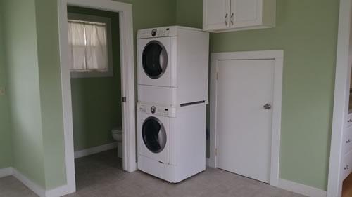1Ferry-Laundry-room
