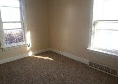AptA-bedroom2
