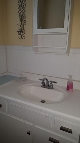 H-Bathroom-1-sink