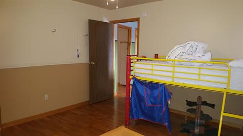 H-Bedroom-4b