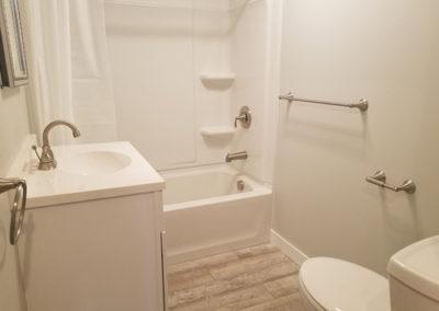 emerson-bathroom