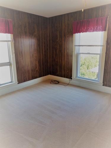 robert-Bedroom-2