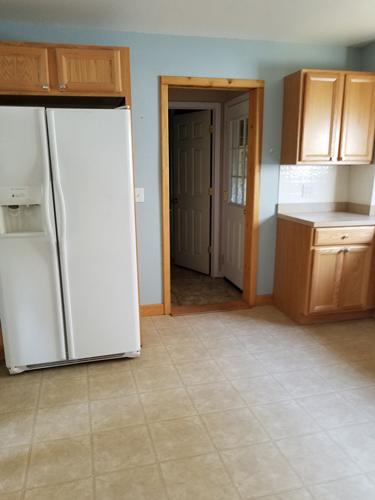 robert-Kitchen-fridge
