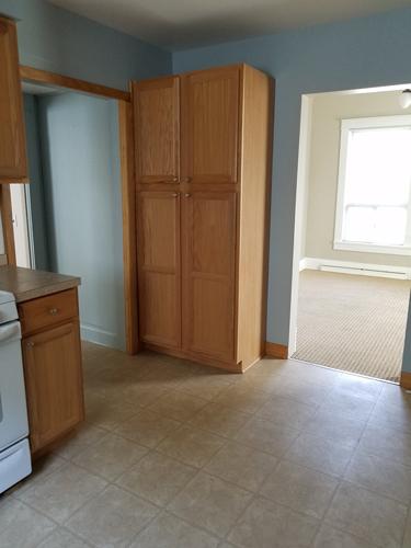 robert-Kitchen-shelving