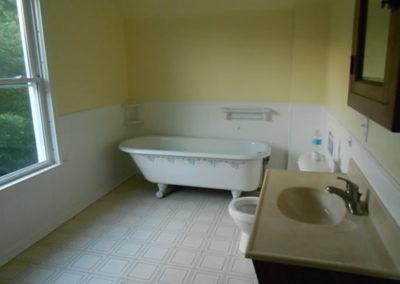 state-bathroom